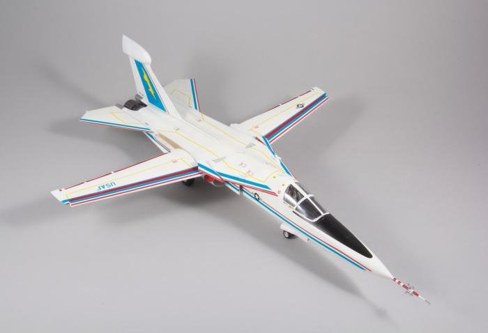 Hasegawa 1/72 EF-111A Raven