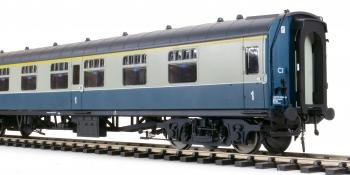 Heljan O gauge Mk 1s