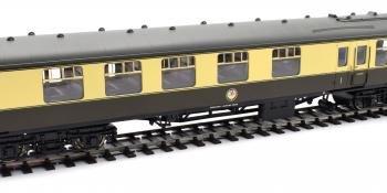 Hornby BR Mk 1